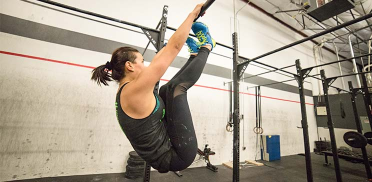 toes to bar crossfit