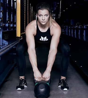 atleta crossfit laura horvath